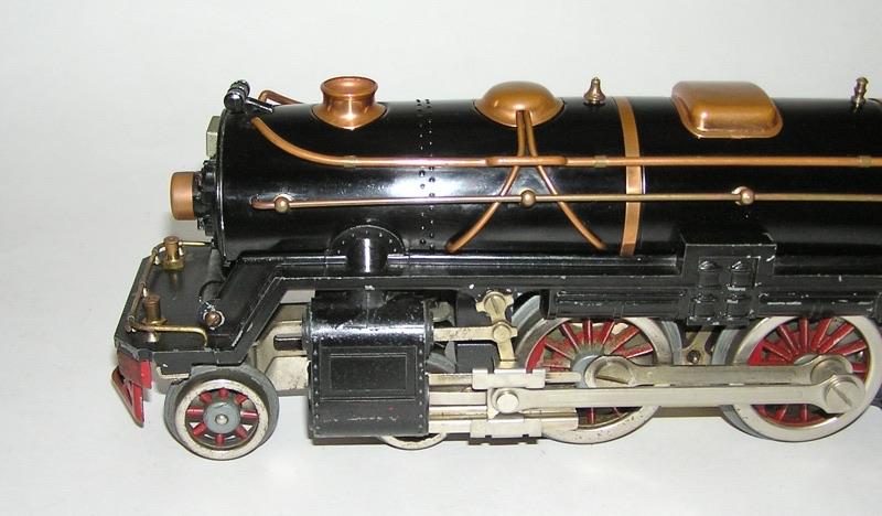 Lionel # 392E Standard Gauge Black Locomotive & 392T Tender