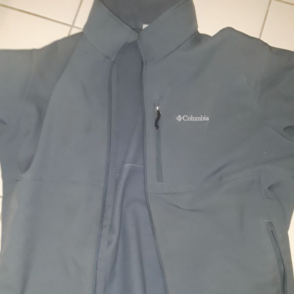 Columbia men jacket like new