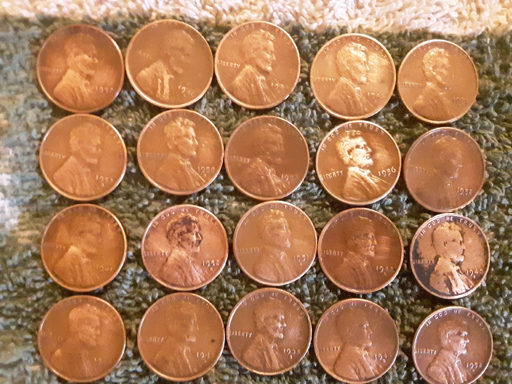 Wheat pennies and nickels.1942.s 1944.s 2of.1951.s .2of1952.s 1935.s 1940.s 1945.s 1947.s. .....1942.d 1951.d 1952.d 1953.d 3of1958.d 1958.d 1959.d ....pennies  with no dates...3of 1941.1952.1946.1947.1956.....nickle....1978.1975.3of1987