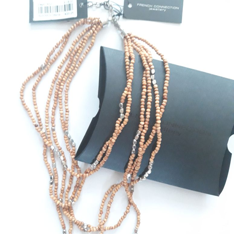 French Connection Hand Made Beaded Necklace RRP £18 with original Gift Box, 7inch