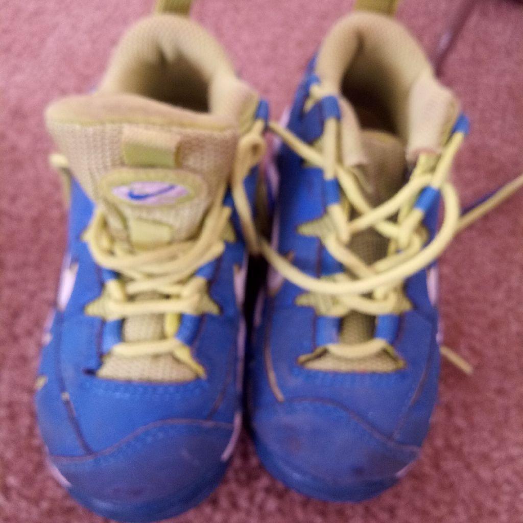 Nike kids 7c