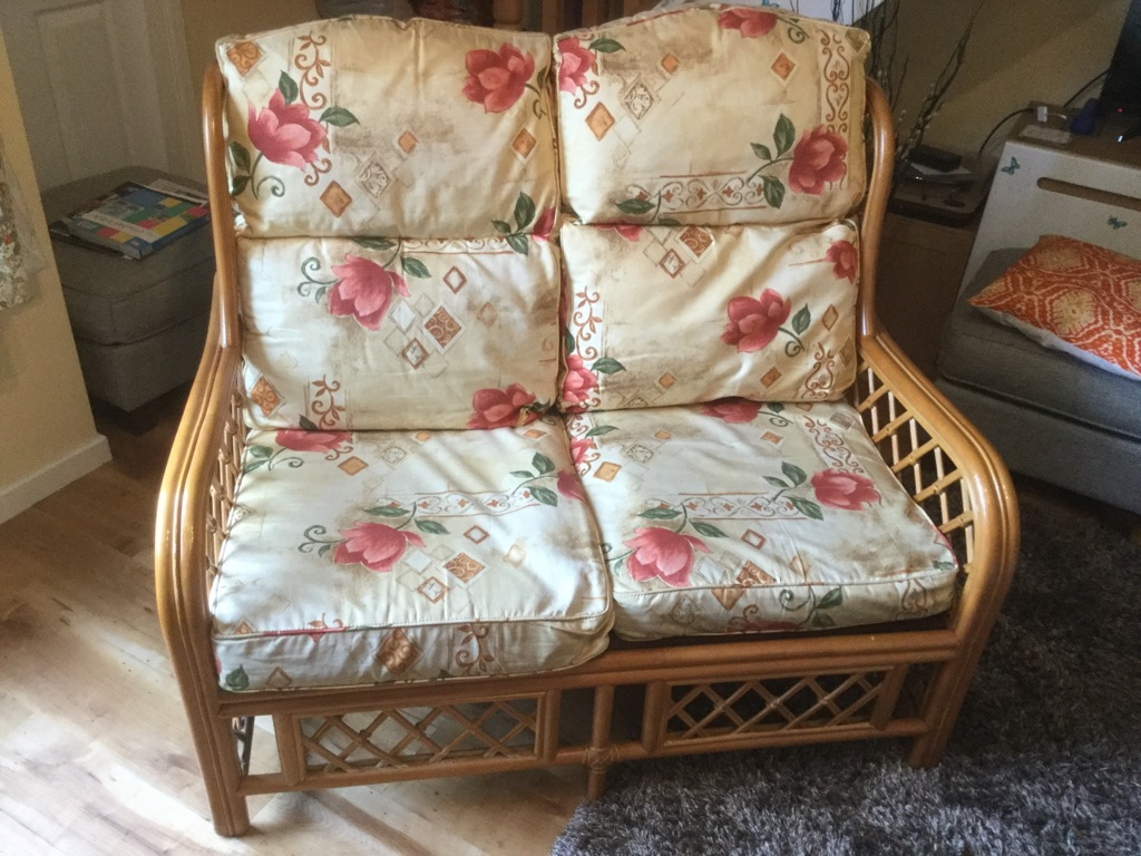 Beautiful conservatory sofa and chairs