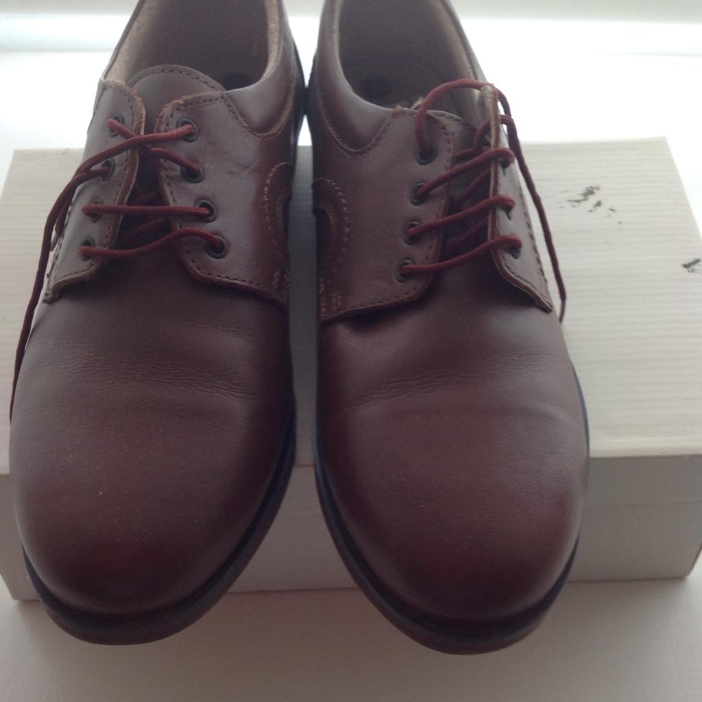 Ladies Bowls Shoes