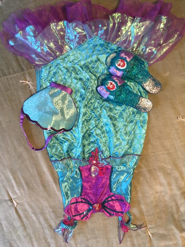 Little mermaid fancy dress set. 3-4 years