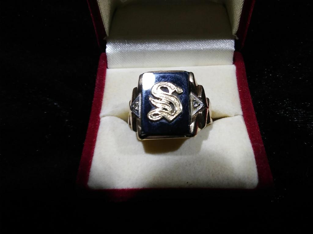 Initial S 10ct gold men's ring