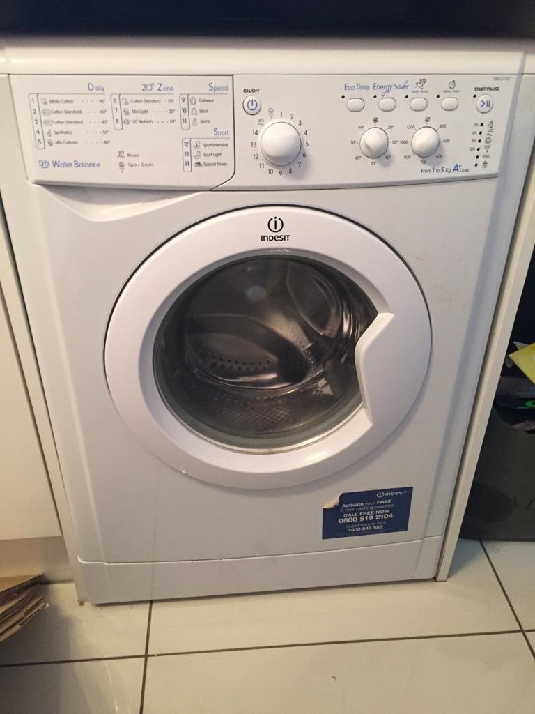 Indesit it washing machine 5kg