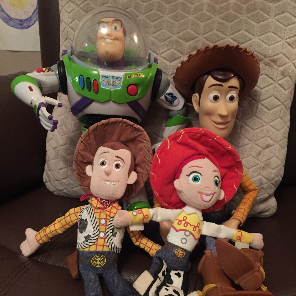 Talking woody and buzz with soft toys of woody and Jess