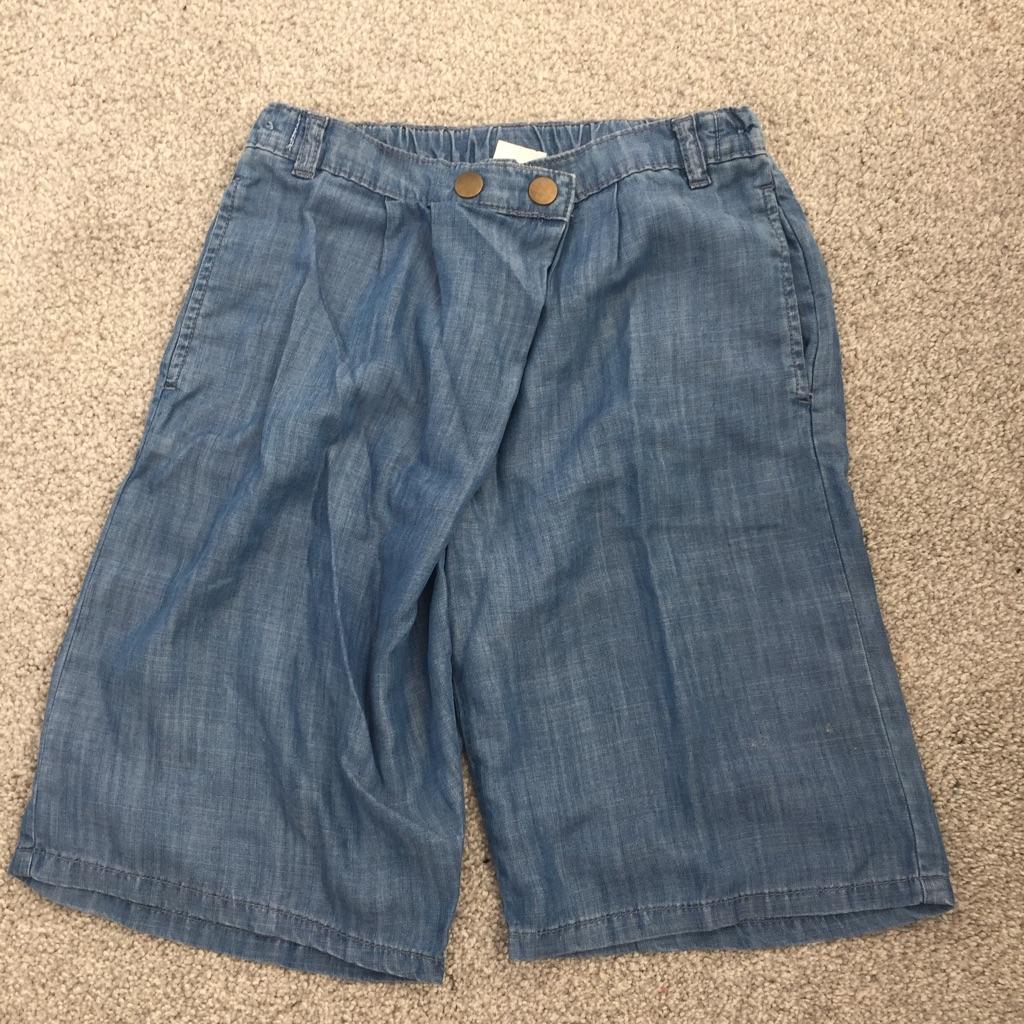 F&F girls knee length shorts size 9-10