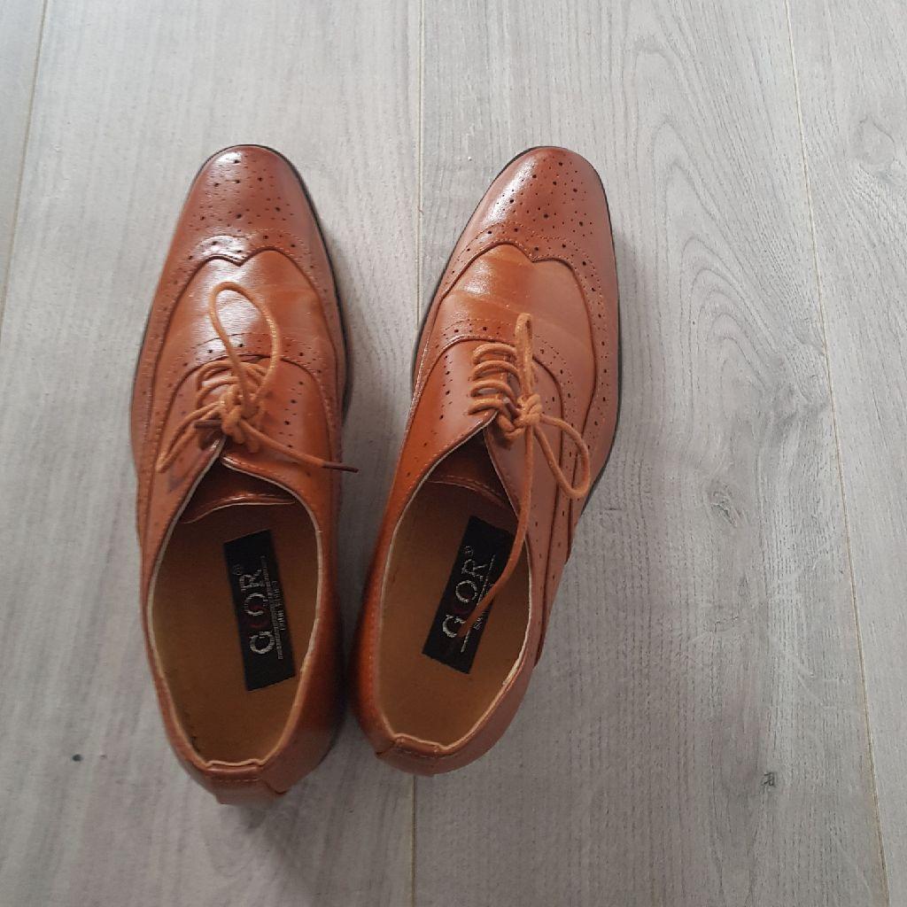 Size 5 shoes