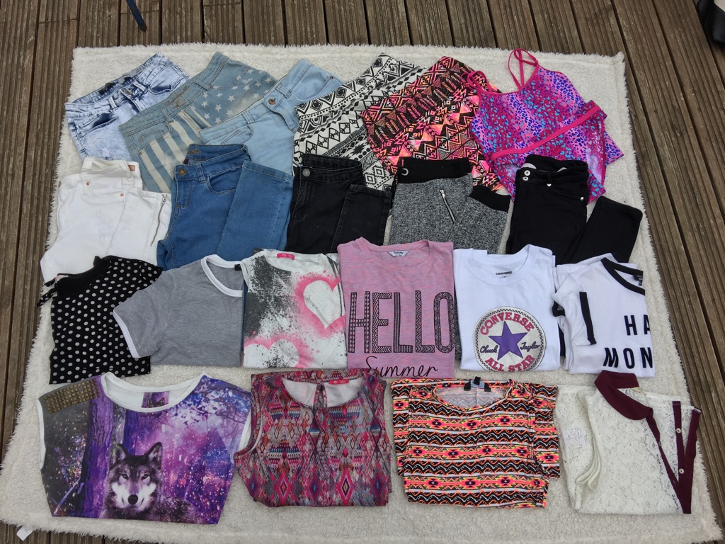HUGE JOBLOT OF AGE 12-13 YEARS GIRLS CLOTHES BUNDLE OF OVER 20