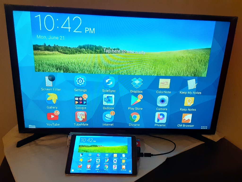 Samsung Galaxy Tab S Tablet with Screen Mirrorring to Television HDMI Cable /Tableta Samsung con Cable para Television