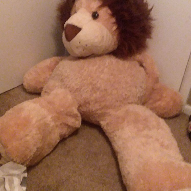 5ft stuffed lion