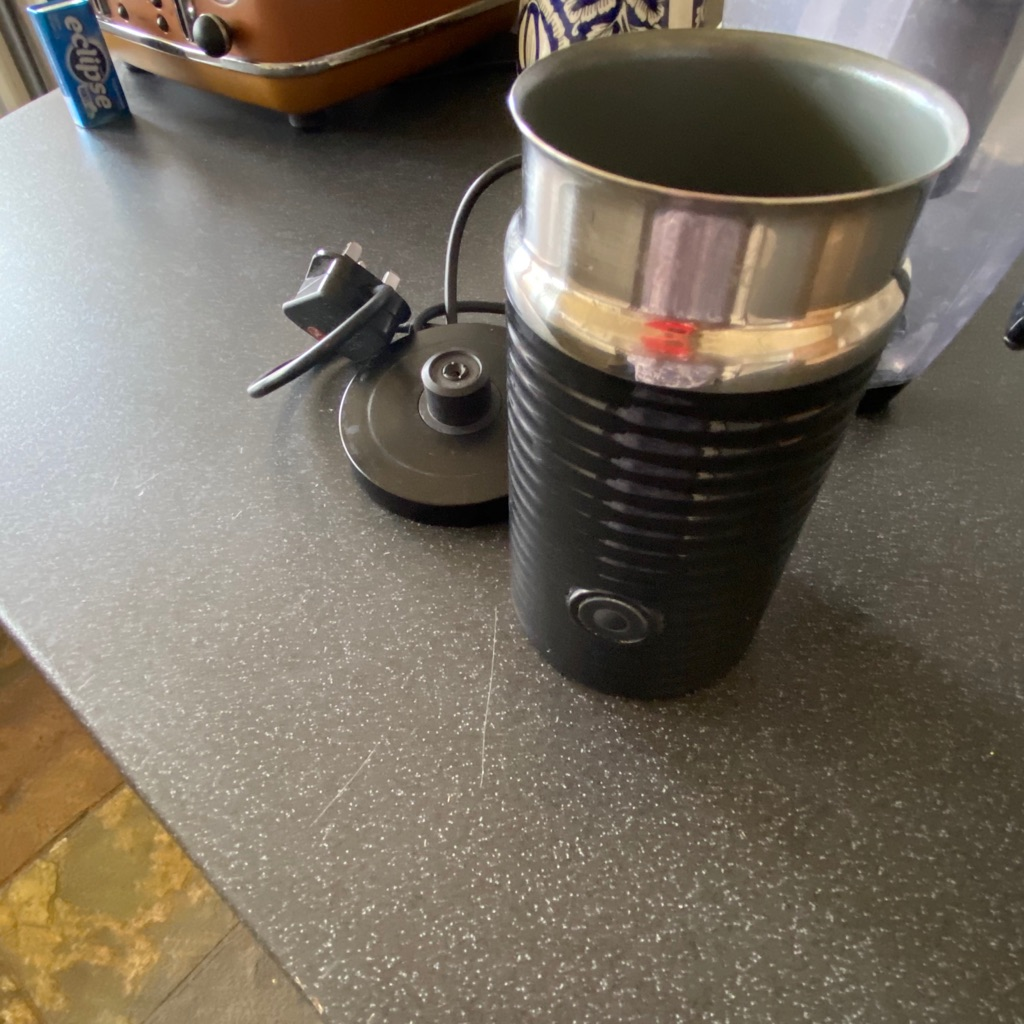 Nespresso coffee machine with Frother