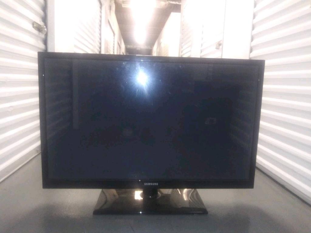 "42""Samsung HDTV"