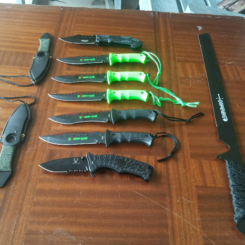 Knife lot
