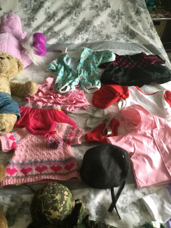 Bundle of Build a Bears and outfits