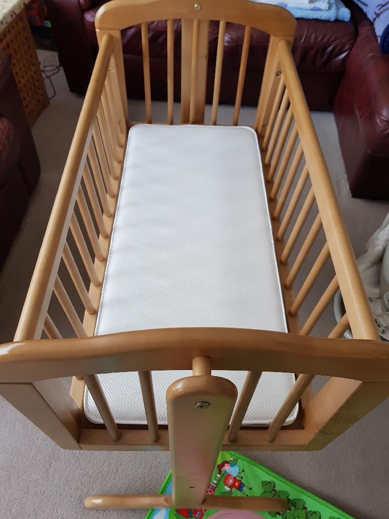 Gliding Crib newborn