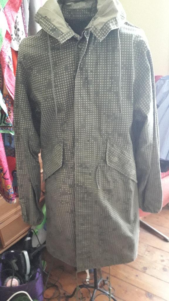 clothing,  bricabrac