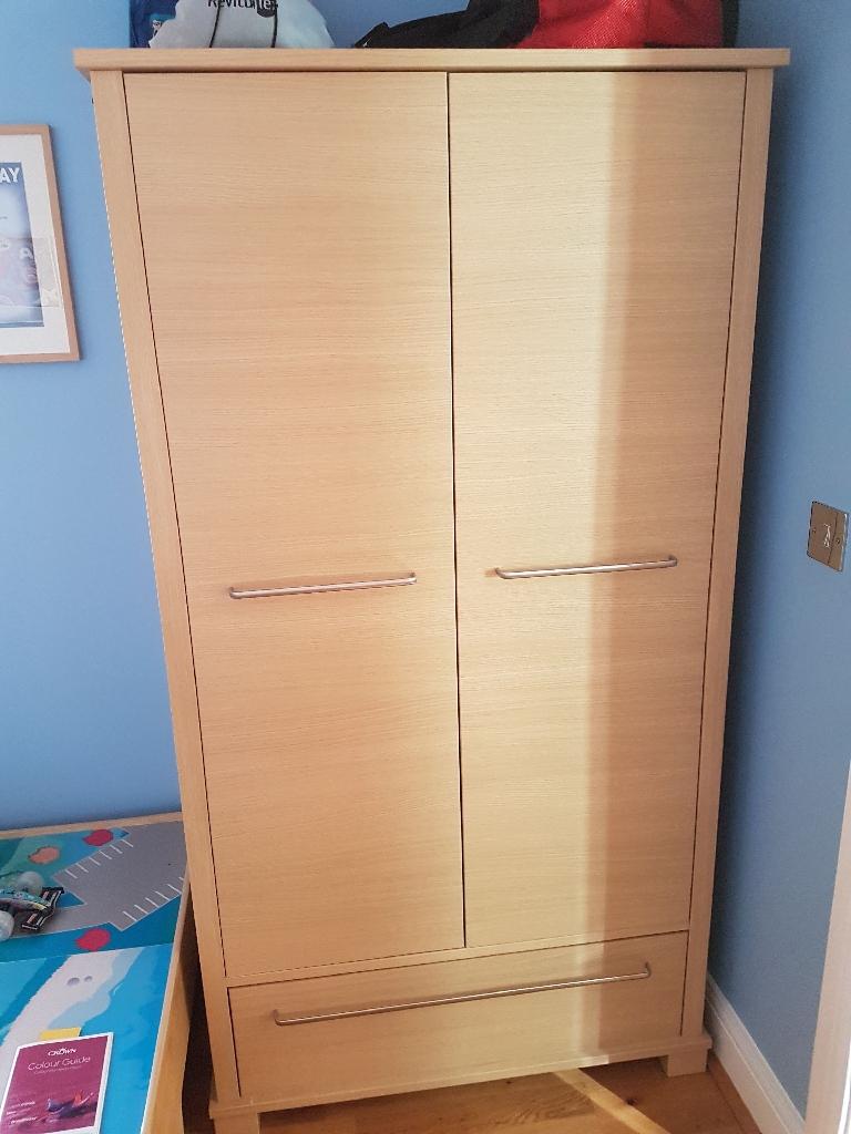 Bedroom/Nursery Furniture Set