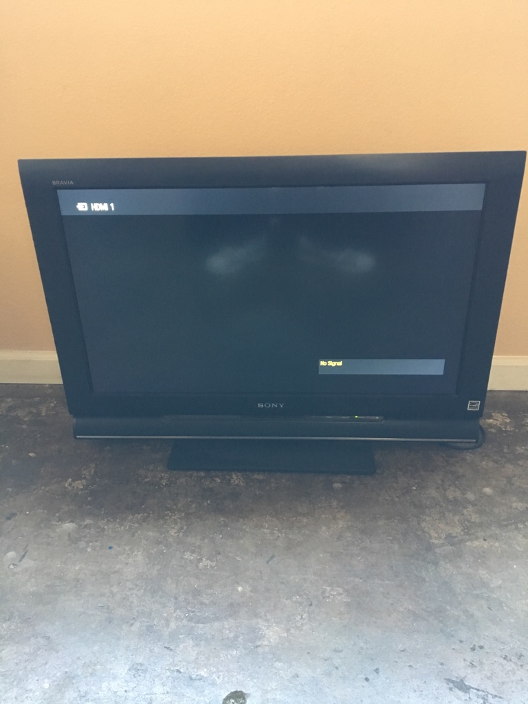 Sony 32in TV