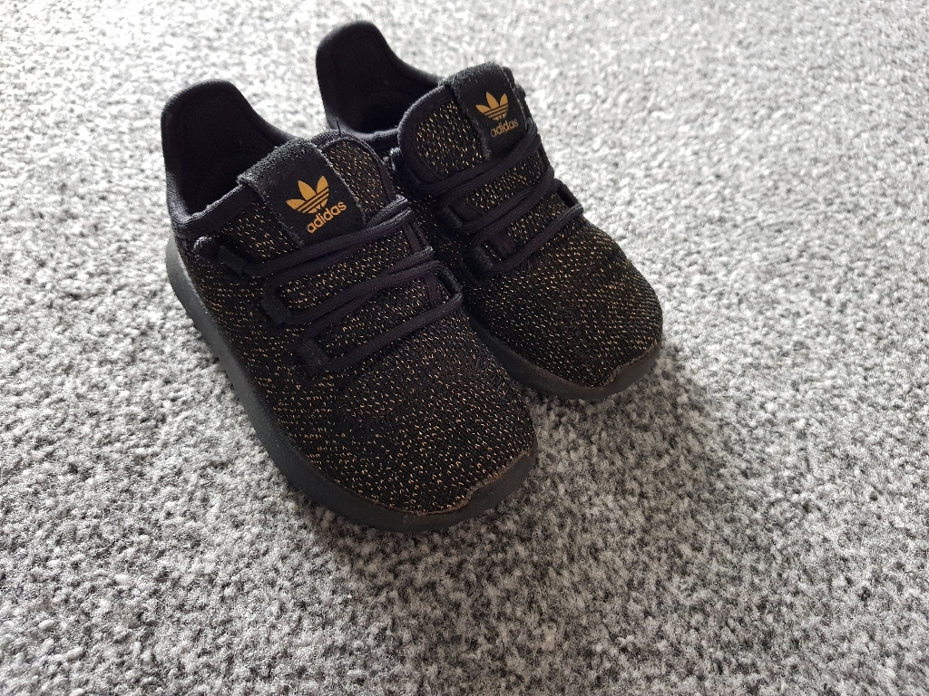 Infant size 5 trainers