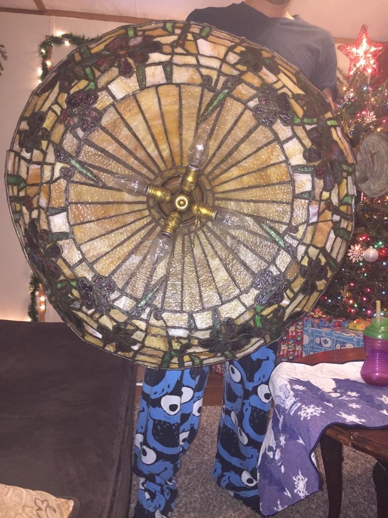 Floral design chandelier