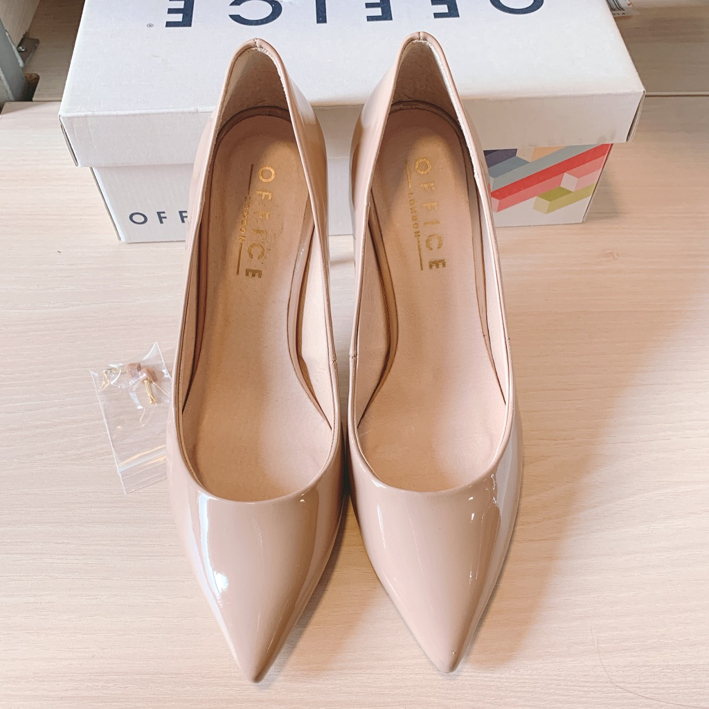 Used in good condition-Office shoes size UK.7