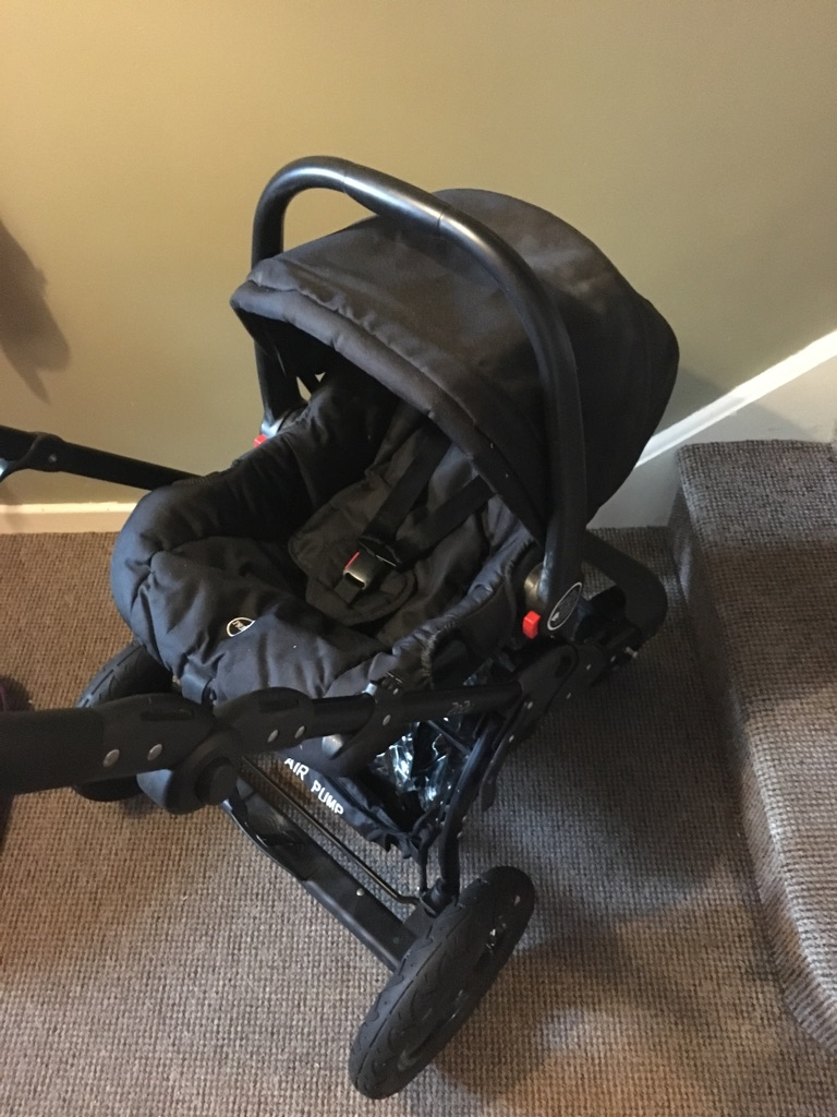 O'baby travel system from smoke free home