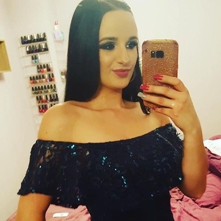 Deanna R.