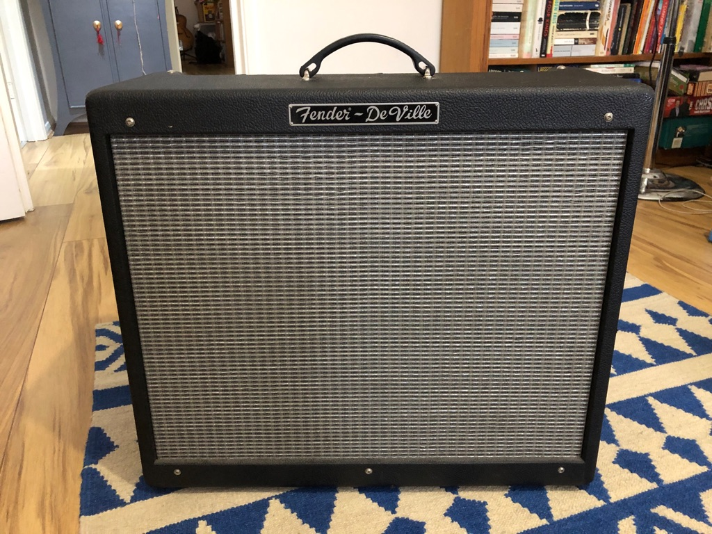 Fender Hotrod Deville 2x12 Guitar Amplifier