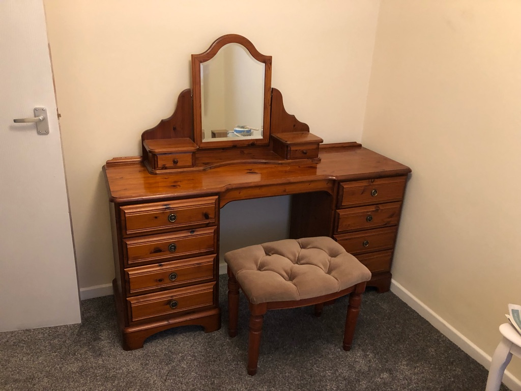 Ducal Pine Dresser, stool & mirror