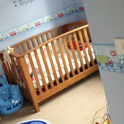Mamas and papas alpine cot bed