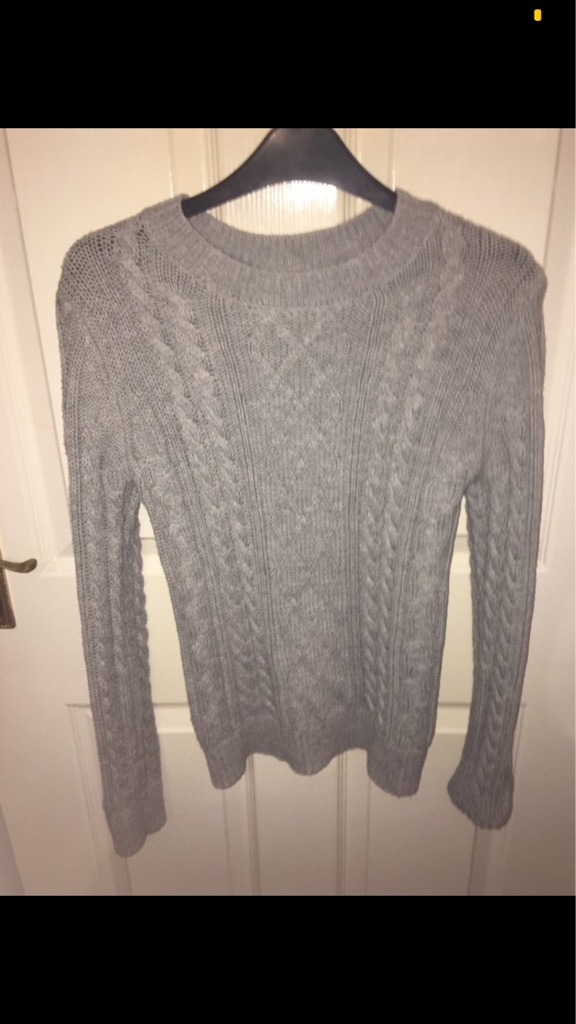 Knitted grey jumper Size S/8