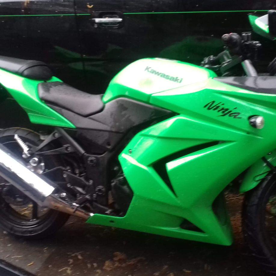 Kawasaki ninja ex 250 r