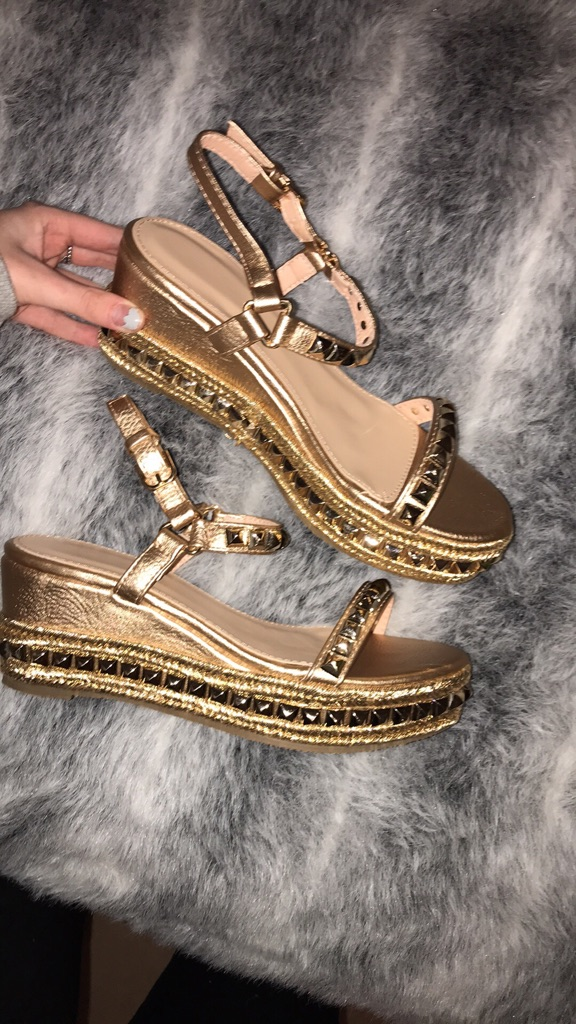 Champagne studded wedge sandals size 6 new