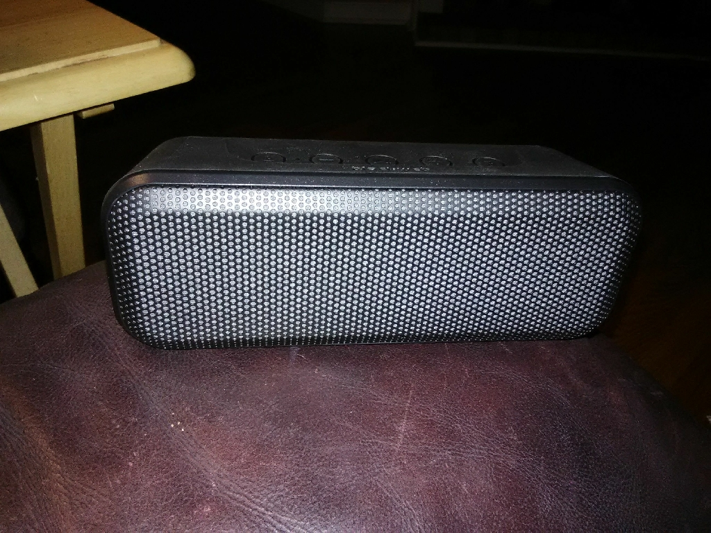 Blackweb Wireless Bluetooth Speaker