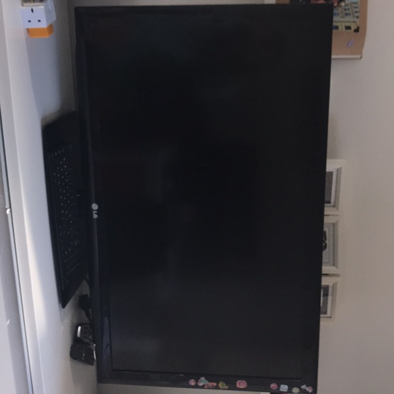 LG 42inch TV fully working