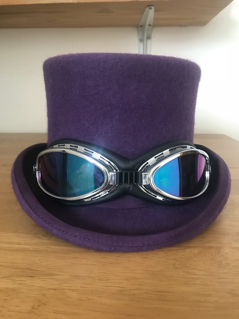 Top Hat with Shades