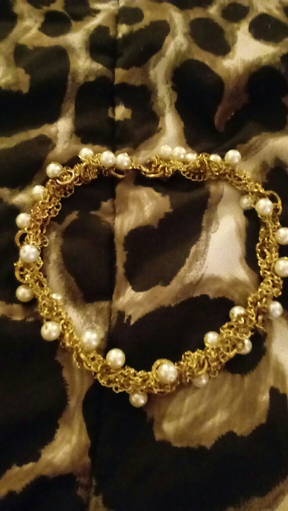 Naper Gold and Pearl Choker