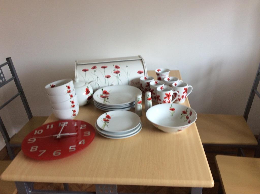 Poppy kitchen collection