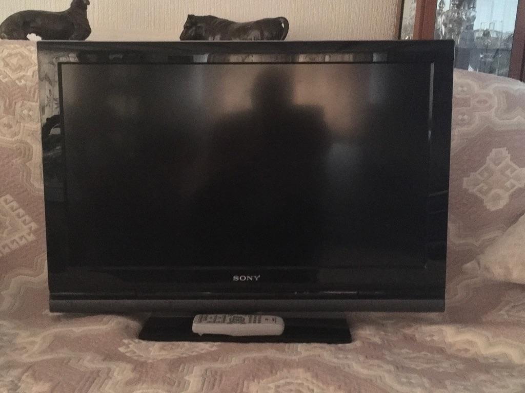 """Sony Bravia 32"""" Colour TV"""