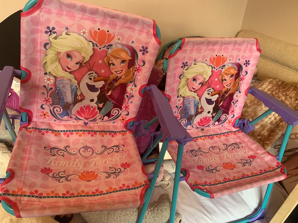 Frozen chairs x2