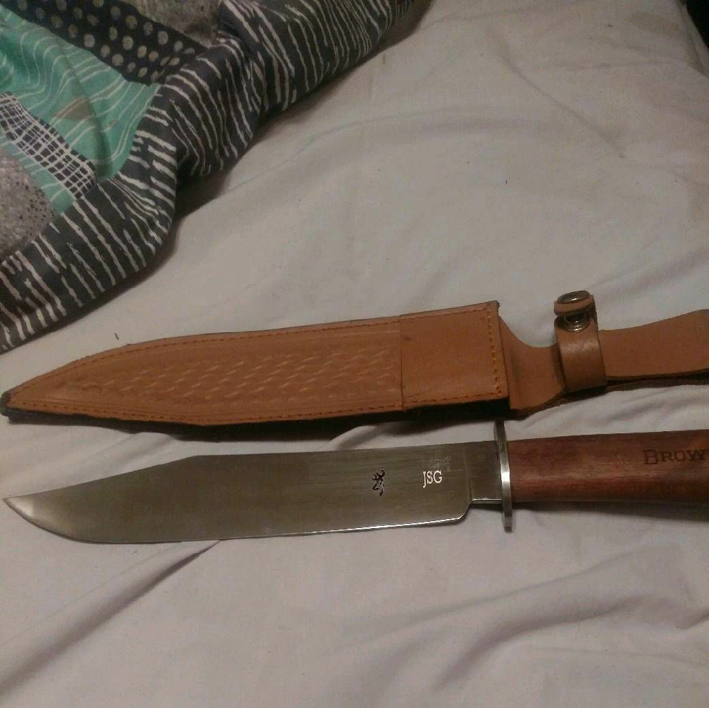 Browning hunting knife