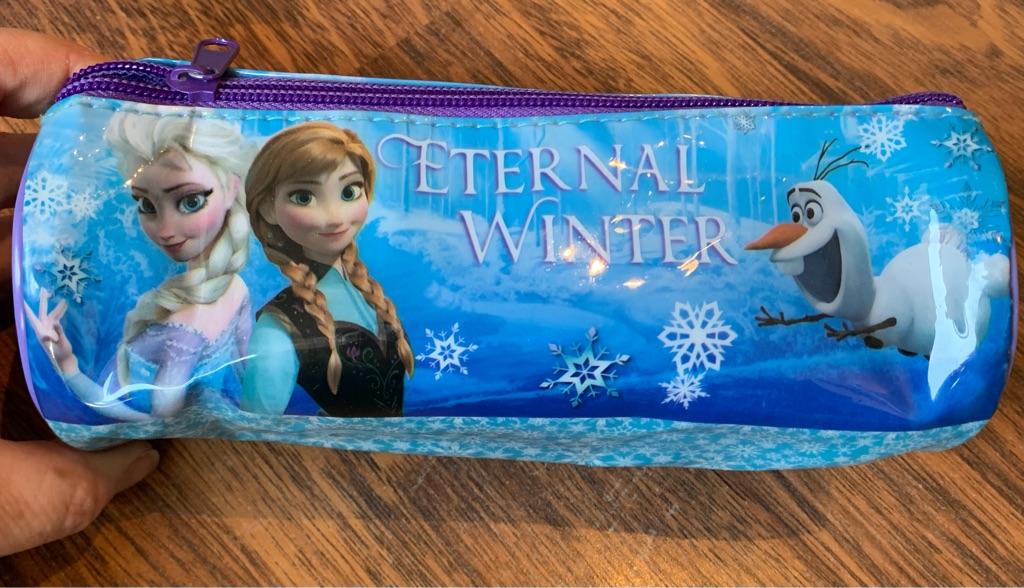 2 frozen pencil cases