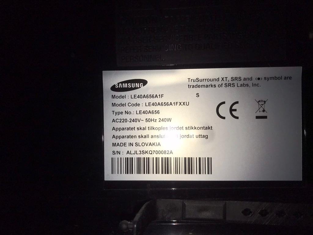 40-inch SAMSUNG TV + TV stand