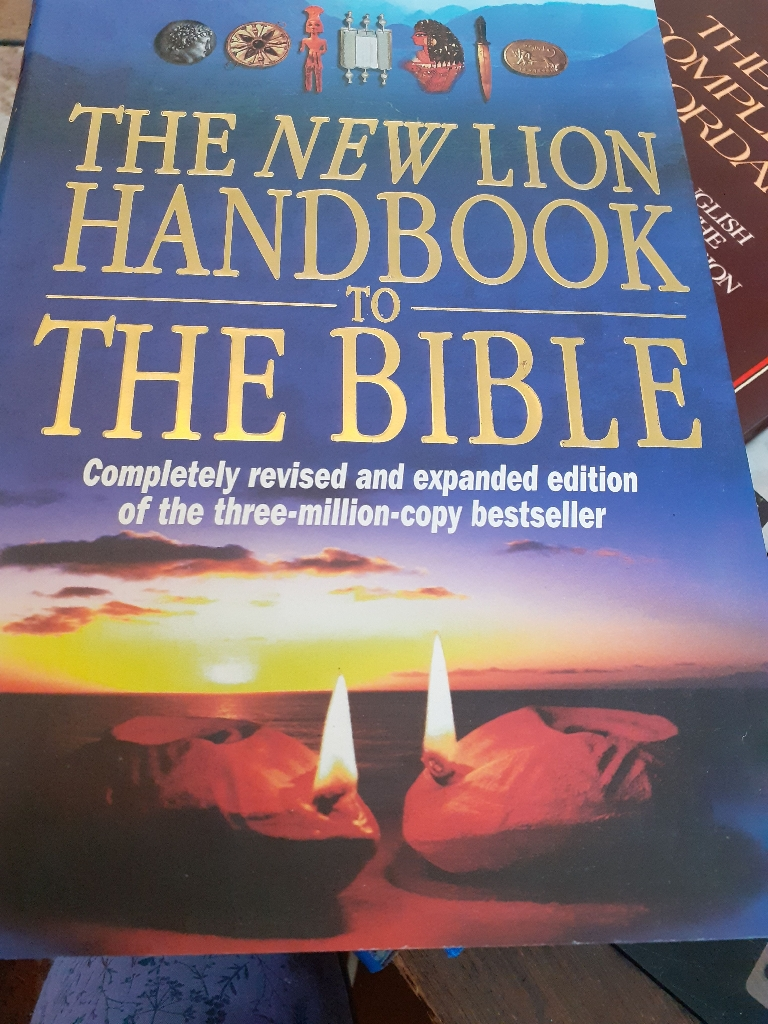 The New Lion Handbook to The Bible book