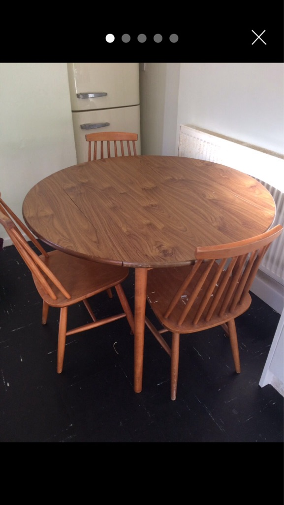 Drop leaf table,