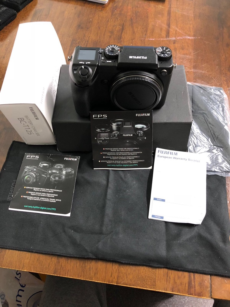 FUJIFILM GFX 50s DIGITAL CAMERA BRAND NEW UNUSED RRP PRICE £6000