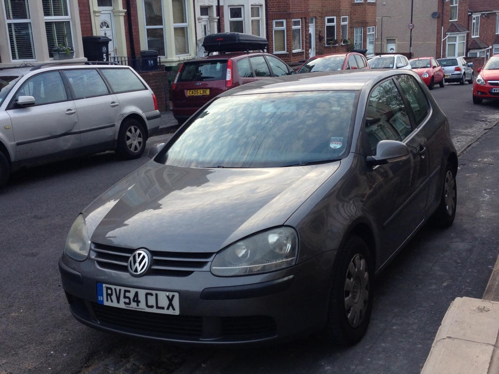 VW Golf 1.6l excellent condition with new 12 months MOT