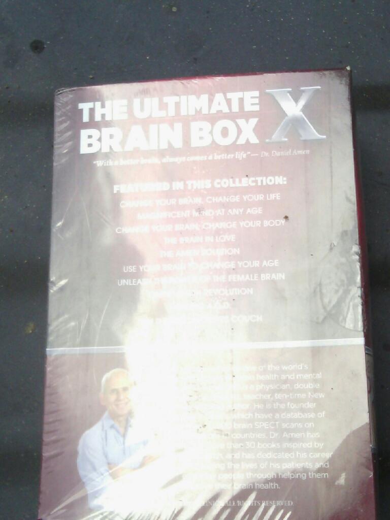 Ultimate Brain Box Book Set